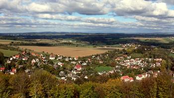 Pohled na obec z hradu